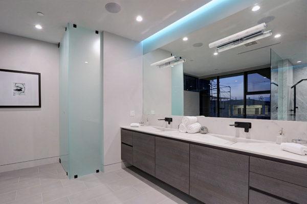 designer bathroom los angeles