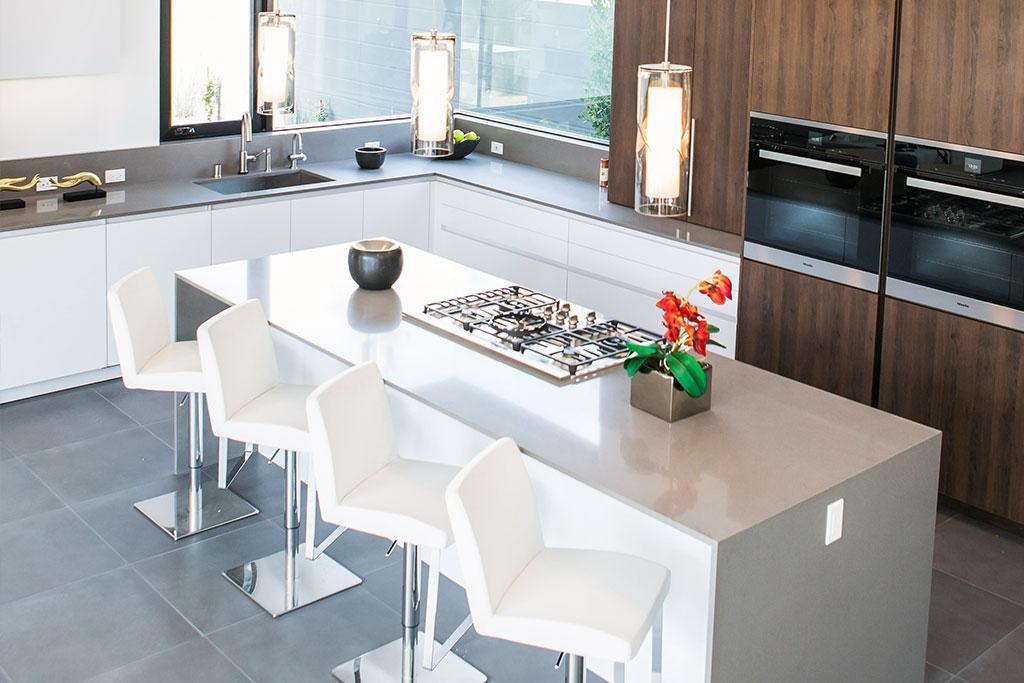 Luxury kitchen design in los angeles leicht los angeles for Kitchen designer los angeles