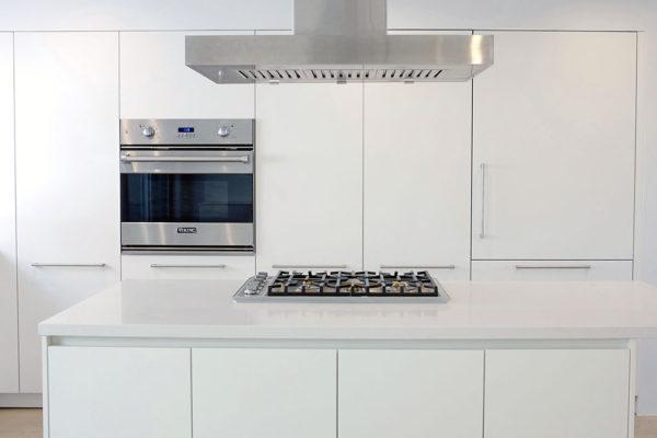all white luxury kitchen los angeles